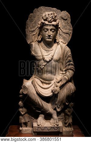 Ancient Cross-legged Bodhisattva Schist Statue Image In 2nd-3rd Century, Kushan Dynasty From Mardan,