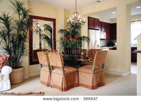 Dining Room (horizontal)