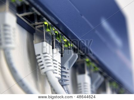 Active Network Switch