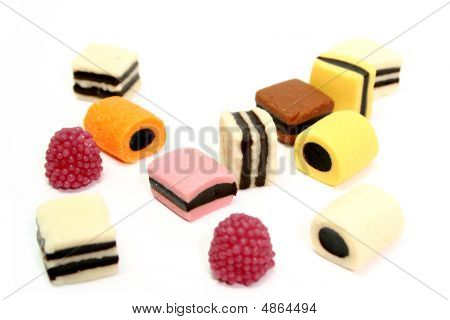 Fruit Sweets In The Form Of Various Color Rolls 3