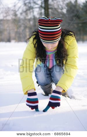 Girl wrote in the snow