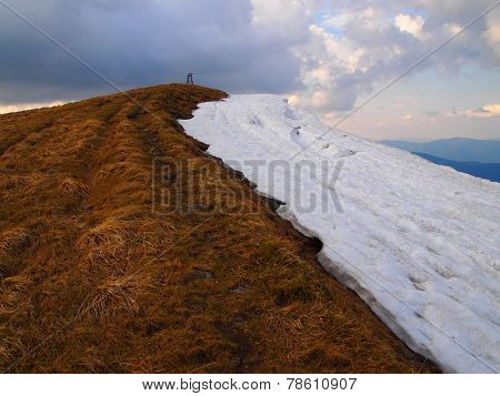 Carpathian mountains 16 under snow in spring