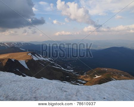 Carpathian mountains 19 under snow in spring