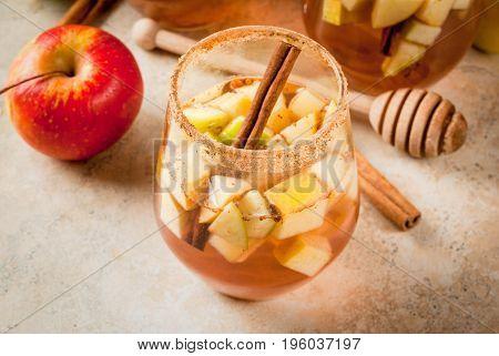 Warm Apple Sangria, Apple Cider