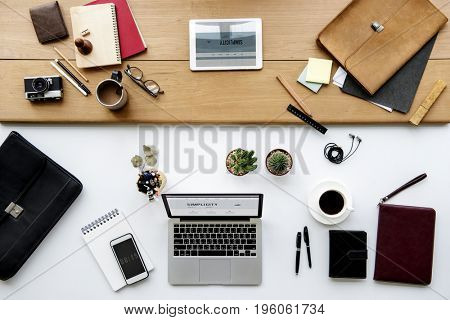 Stationary objects on the desk