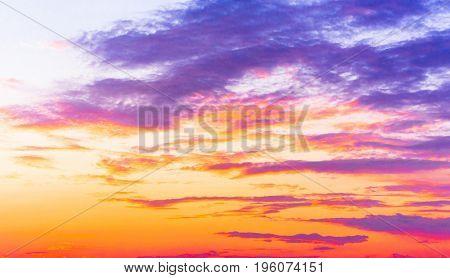 Evening Cloudscape Idyllic Backdrop