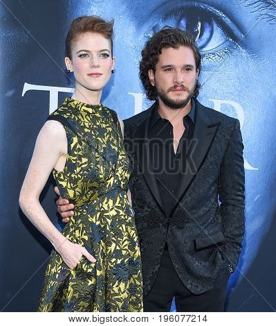LOS ANGELES - JUL 12:  Rose Leslie and Kit Harington arrives for the Season 8 premiere of HBO's 'Game of Thrones' on July 12, 2017 in Los Angeles, CA