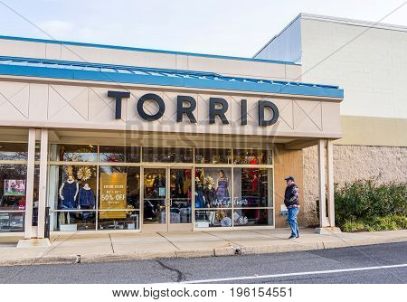 Fairfax, Usa - December 3, 2016: Torrid Store Facade That Provides Clothing For Plus Sized People In