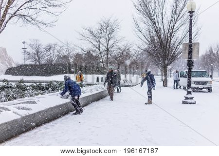 Washington Dc, Usa - January 7, 2017: Winter Snow Storm With People Playing By Martin Luther King Jr