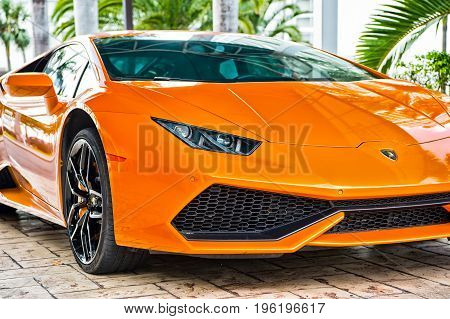 Supercar Lamborghini Aventador Orange