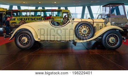 STUTTGART GERMANY- MARCH 19 2016: Roadster Mercedes-Benz 24/100/140 PS 1926. Owners of this car: Oscar Henschel (industrialist) Enrico Rastelli (juggler) Emil Jannings (actor). Mercedes-Benz Museum.