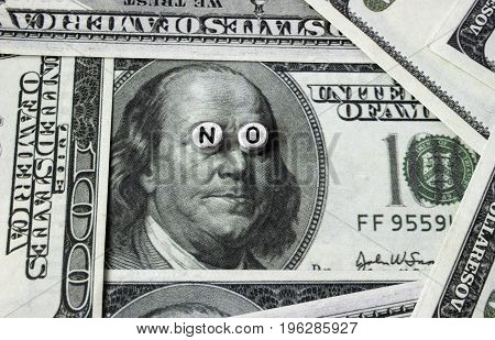 On banknotes an inscription from the alphabet of beads, NO