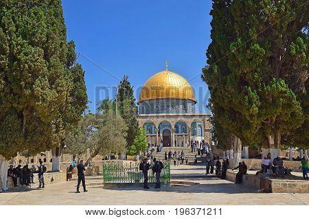 JERUSALEM, ISRAEL - June 15, 2017: israeli police keep order on the Temple Mount, Old City of Jerusalem, Israel