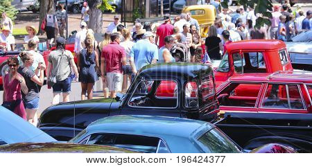 SANTA FE, NEW MEXICO, JULY 4. The Plaza on July 4, 2017, in Santa Fe, New Mexico. A Crowd Enjoys a Vintage Car Show a Tradition on the Fourth of July in Santa Fe, New Mexico.