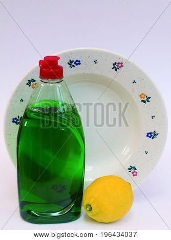 Liquid soap of popular use for the cleaning of the dishes.