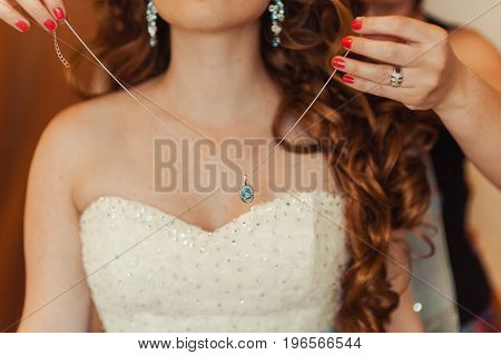Beautiful Bridal Jewelry For The Bride
