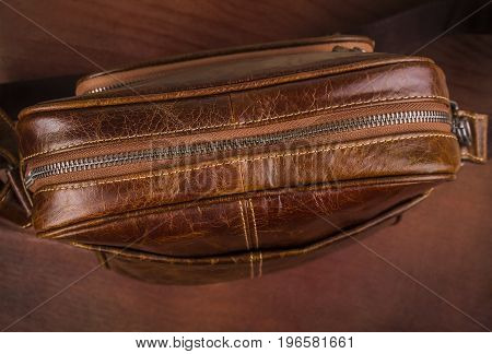 Brown Leather Men's Bag with Closed Zipper