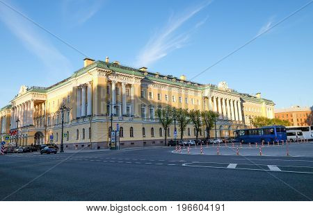 Russia Saint-Petersburg 23 MAY 2017 : The Building beside the Saint Issac Cathedral at the evening time. And it's a beautiful buliding and elegant. And the classic .