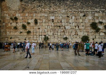 Jerusalem - 15 November, 2016: People Near The Wailing Wall In Jerusalem