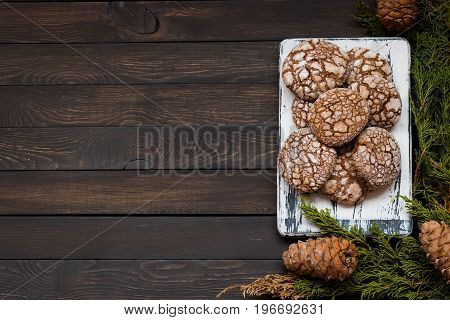 Biscuits With Cracks