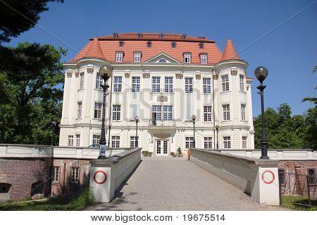 Castle family from Hornig