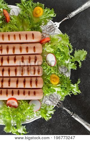 Grilled Wurst And Salad