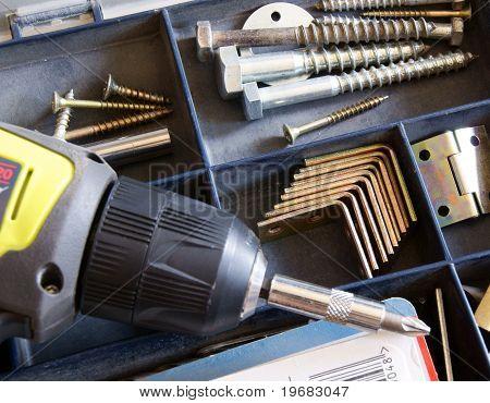 cordless screwdriver