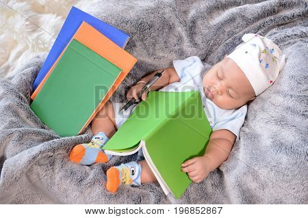 Baby Is Sleeping: The Idea Of Saving For Edication Of The Baby