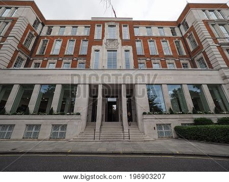 Savoy Place In London