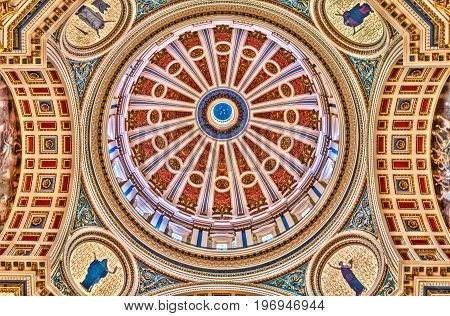 Harrisburg, Usa - May 24, 2017: Pennsylvania Capitol Interior Dome Colorful Ceiling In City