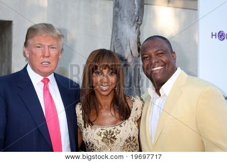 LOS ANGELES - JUL 24:  Donald Trump, Holly Peete, & Rodney Peete arrive at  the 12th Annual HollyRod Foundation  Event at  Green Acres Estate on July24, 2010 in Beverly Hills, CA