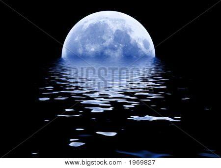 Blue Moon Risinig