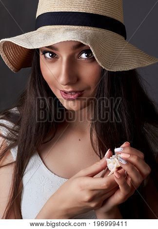 Beautiful Young Girl With Brown Eyes In Hat. Summer Fashion Beauty Model Girl.studio Portait Closeup