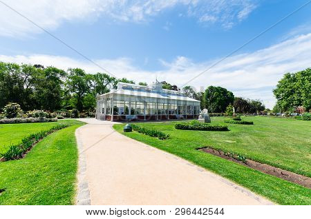 Bendigo, Australia - October 28, 2018: Conservatory Gardens In Rosalind Park In Central Bendigo. The