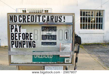 alte Gas-Pumpen