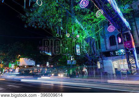 Park Street,kolkata, India - 12th November 2020 : Car Head Light Trails At Park Street Area, Decorat