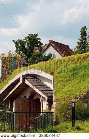 Cheonan,south Korea-september 2020: Hobbit Hole Cute Small House In The Village In Cheonan, South Ko