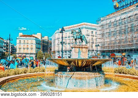 Big Beautiful Square Puerta Del Sol In Madrid, With Tourists And