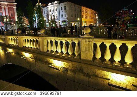 Ljubljana, Slovenia - 29 Apr 2018: Triple Bridge, Tromostovje In Ljubljana At Night, Slovenia