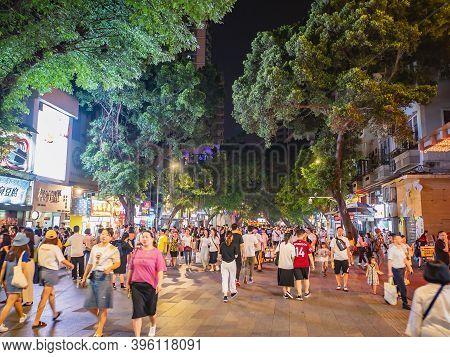 Guangzhou/china-24 Aug 2019:unacquainted People Walking On Beijing Road Walking Street In Guangzhou