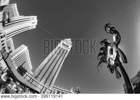 Las Vegas, Usa - June 15, 2012: Las Vegas The Venetian Hotel Casino With Campanile. The Resort Opene