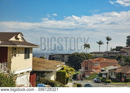 Los Angeles, Usa - Mar 5, 2019: Beautiful Living Area In Crenshaw. Crenshaw District, Is A Neighborh