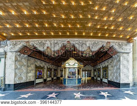 Los Angeles, Usa - March 5, 2019:  : El Capitan Theater In Hollywood. El Capitan Theatre Is A Fully