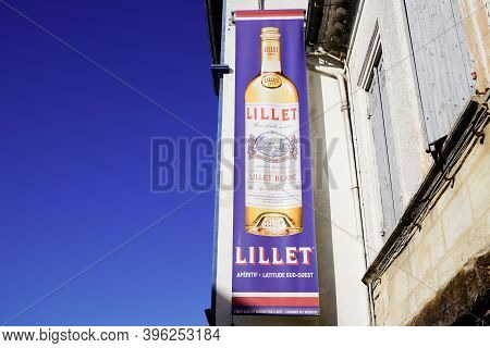 Podensac , Aquitaine / France - 11 11 2020 : Lillet Bottle Logo And Text Sign Of Brand Name Of Aroma