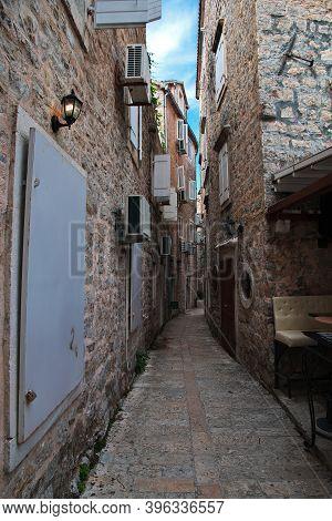 Budva, Montenegro - 06 May 018: The Vintage Street Of Budva City, Montenegro
