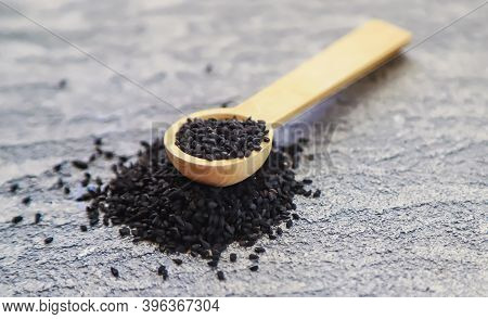 Black Wool Cumin Seeds.selectiv Focus.naturefood And Drink