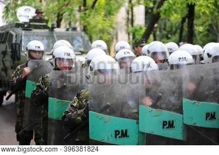 Bucharest, Romania - May 12, 2010: Members Of The Romanian Military Police Take Part At An Exercise