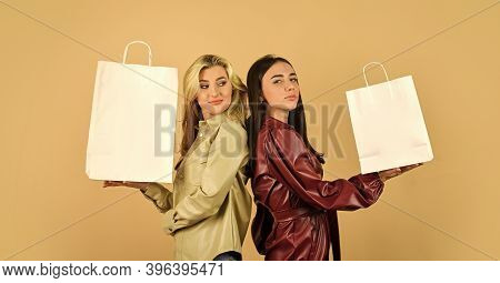 Go For Shopping. Spring Shopping Sales. Fun And Gifts. Black Friday. Women In Spring Jacket. Girls S