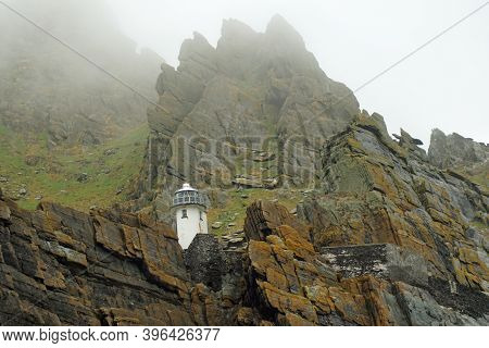 1820-1826, Two Lighthouses Were Built On The Great Skellig, Also Called Skellig Michael. However, Th