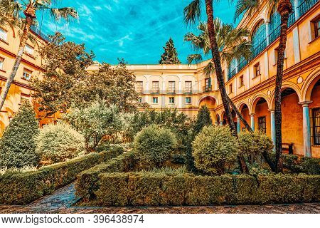 Panoramic View Of Inner Patio- Garden Of The Prince (jardin Del